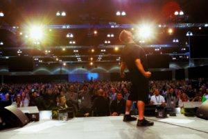 photo Rony Robbins How much does it cost to get Tony Robbins to speak in London?
